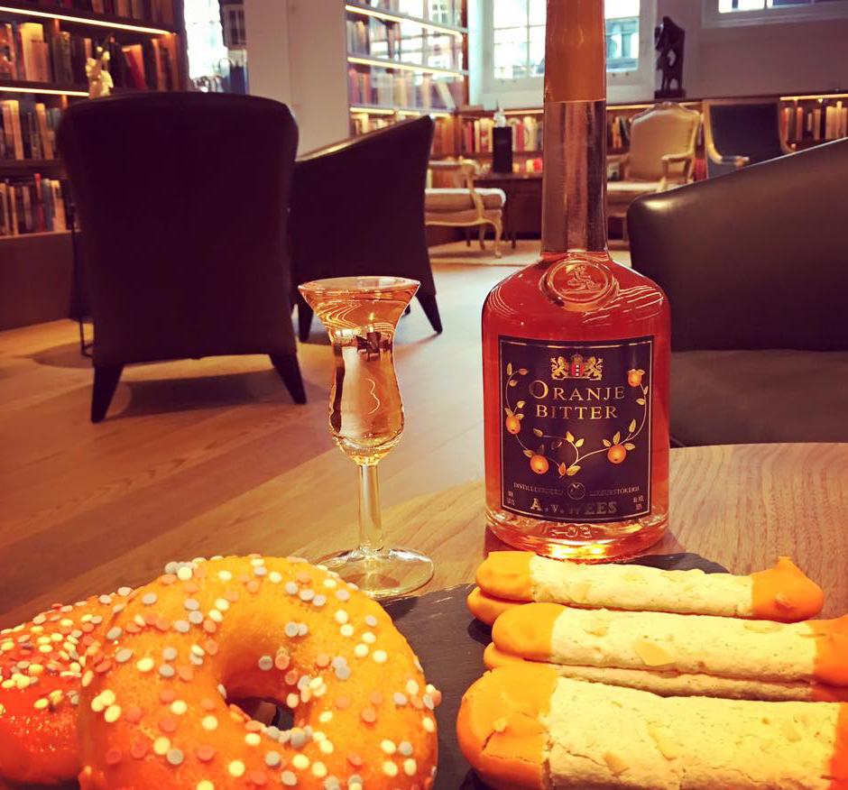 Iens - Gasten aantrekken- Hoe trekt u gasten aan met het Italiaanse aperitief? The Library Bar
