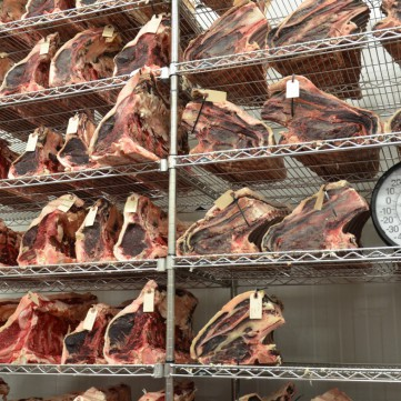 Iens Tien gastronomische trends voor het aantrekken van gasten in 2017 gerijpt vlees