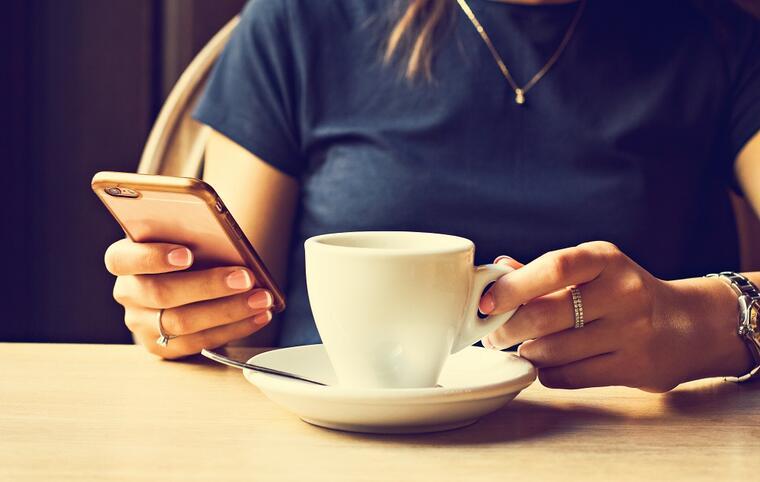 Få flere bordbestillinger via sidene dine på Facebook og Instagram