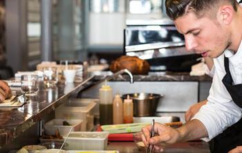 ElTenedor - Atraer clientes con cocina abierta restaurantes