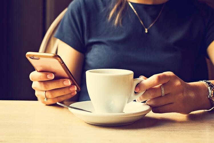 Boostez vos réservations restaurant avec vos pages Facebook et Instagram
